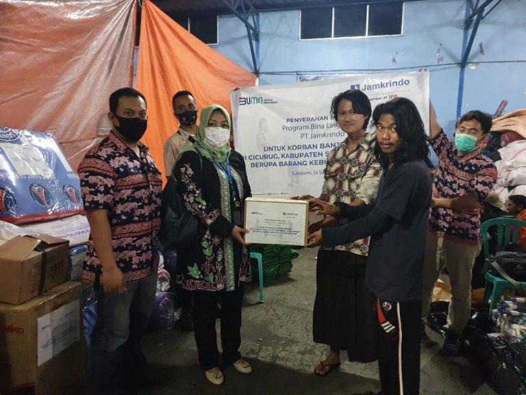 Jamkrindo Salurkan Bantuan untuk Korban Banjir Bandang Sukabumi