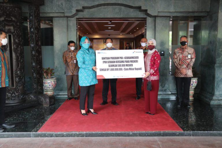 Dukung #GebrakMasker, Pertamina Serahkan 500 Ribu Masker