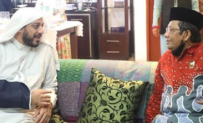 Mahfud MD Sebut Syekh Ali Jaber Tokoh Pemersatu Umat