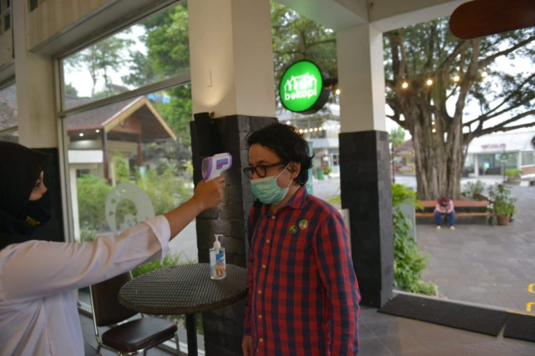 Kemenparekraf Apresiasi Masyarakat Jateng dan Yogyakarta Terapkan Protokol CHSE