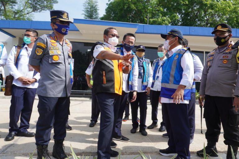 Tinjau Kesiapan Operasional Libur Panjang, Menhub Apresiasi Koordinasi Lintas Sektoral