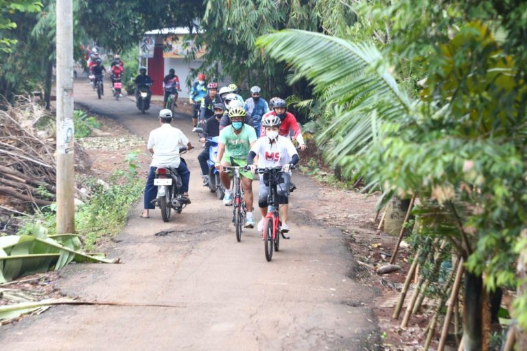 Saraswati Soroti Ketimpangan Infrastruktur Jalan di Tangsel