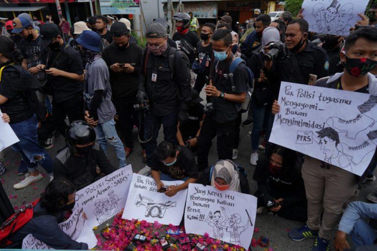 Kapolda Gorontalo Enggan Temui Massa Aksi Para Jurnalis