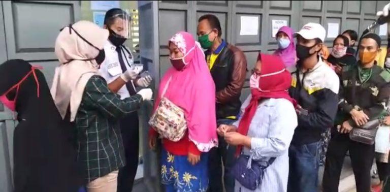 BRI Lebak: Proses Pencairan Bantuan UMKM Sesuai Prokes Covid-19