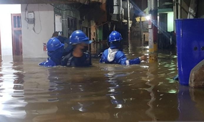 Ribuan Warga di Kampung Melayu Jaktim Terdampak Banjir