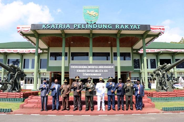 Danlanud Silas Papare Hadiri Upacara HUT ke-75 TNI Secara Virtual
