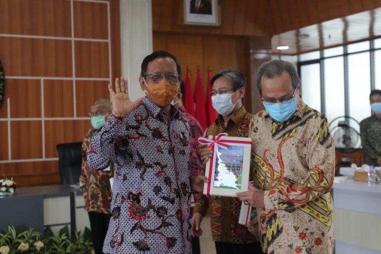 Demokrasi Indonesia Masih Fase Prosedural