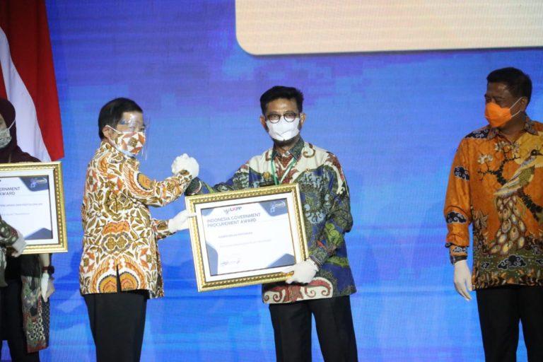 Kementan Raih Penghargaan Pengelolaan Barang dan Jasa Paling Transparan