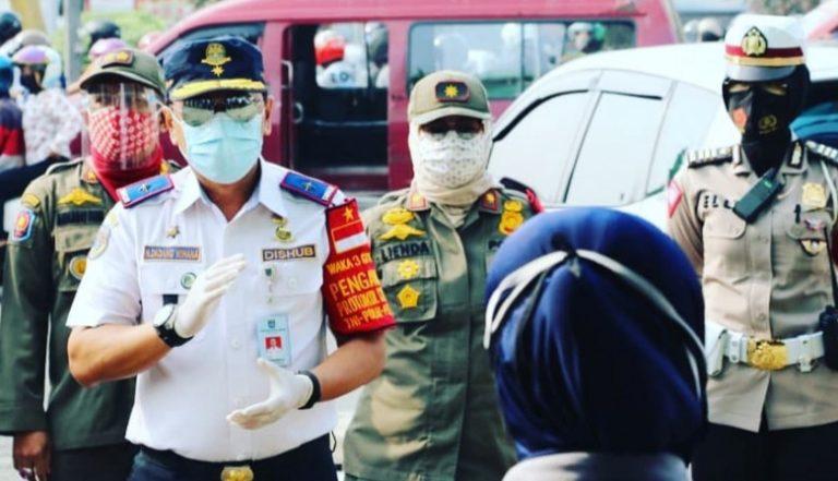 Peringati Hari Pahlawan, Pemkot dan Polres Depok Bagikan 6.000 Masker