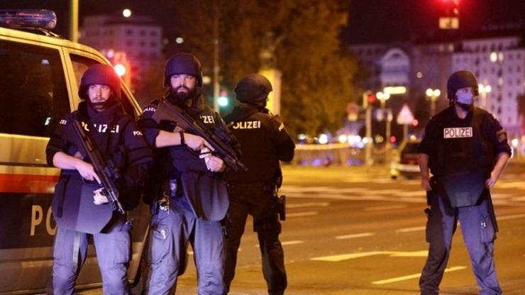 Serangan Brutal di Wina, Jimly: Jangan Kaitkan Teroris dengan Islam