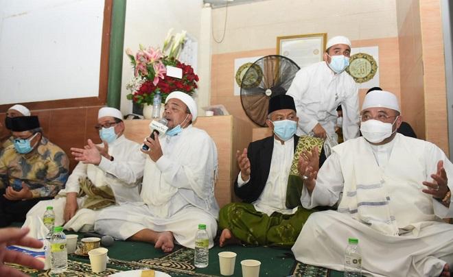 Temui Habib Rizieq, Presiden PKS Dukung Misi Revolusi Akhlak