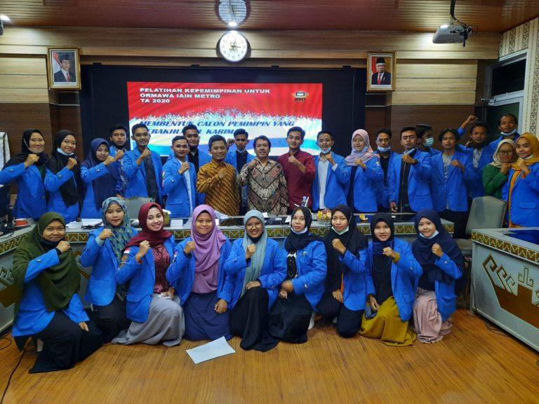 Ikuti Diklatpim,  Aktivis Organisasi Mahasiswa IAIN Metro Diminta Belajar Mempimin dan Dipimpim