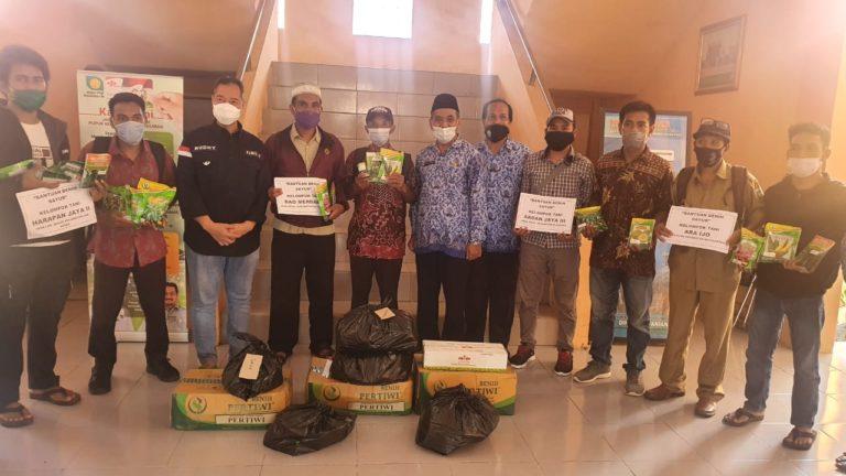 Komisi IV DPR Salurkan Bantuan Benih Hortikultura Kementan ke Petani Sumbawa