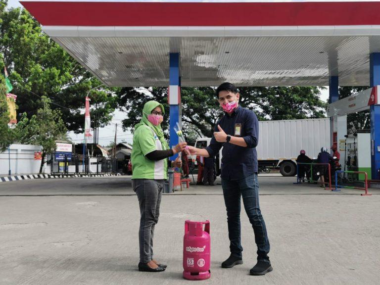 Hari Ibu, Pertamina Berikan Gratis Bright Gas pada Pelanggan Setia Pertamax Turbo di Sulawesi Selatan dan Tenggara