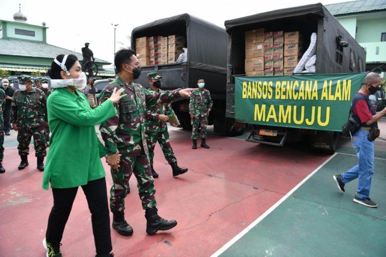Angkut Bantuan Kemanusiaan, Tiga Kapal TNI AD Berangkat ke Kalsel dan Sulbar