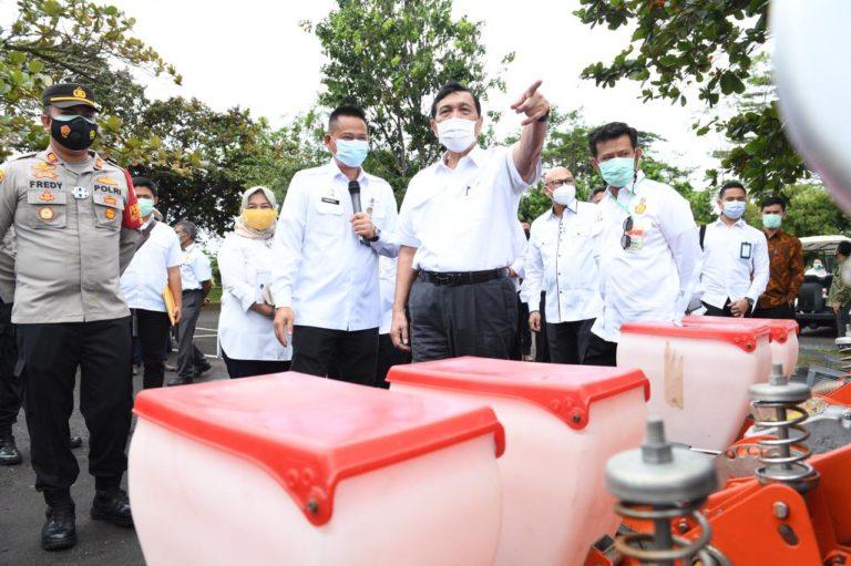 Luhut dukung Percepatan Modernisasi Pertanian dengan Alsintan