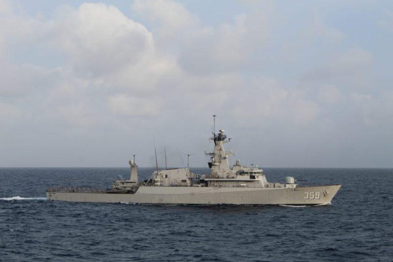 TNI AL Berangkatkan Dua Kapal Perang ke Sulbar dan Kalsel