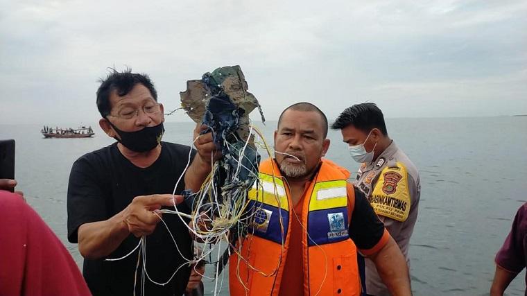 Hari ke-6 Pencarian Pesawat SJ182, Polres Kepulauan Seribu Ajak Nelayan
