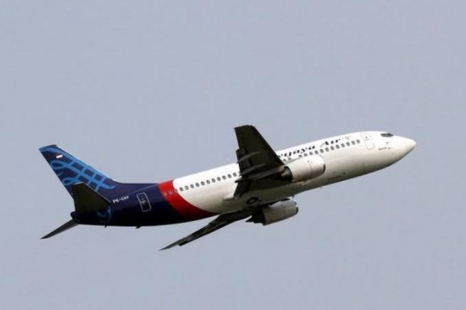 Terkendala Cuaca Buruk, Proses Pencarian Pesawat Sriwijaya Ditunda