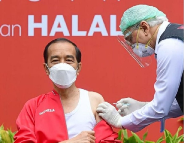 Jokowi Kembali Disuntik Vaksin Covid-19 Dosis Kedua