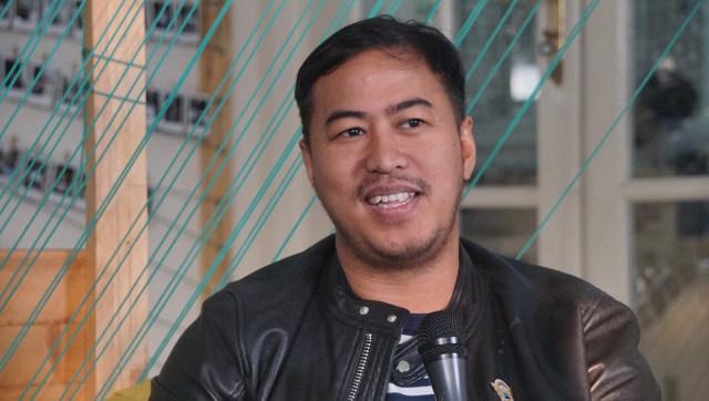 Dibanding NU-Muhammadiyah, Pandji Sebut FPI Lebih Dekat dengan Rakyat