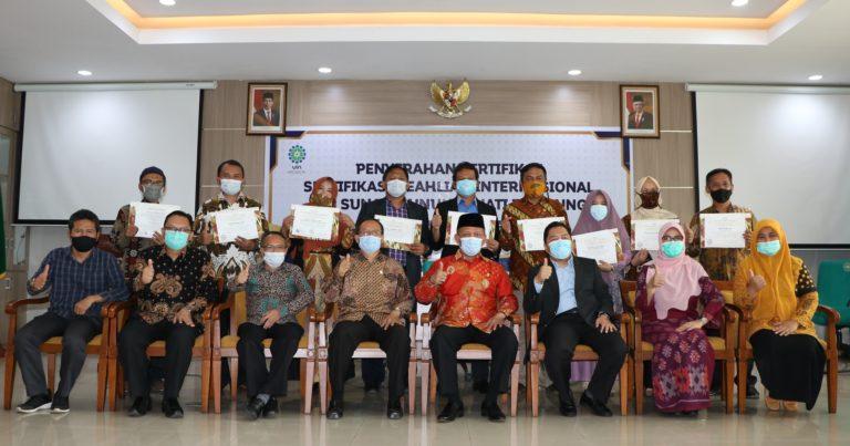 9 Dosen UIN SGD Bandung Tersertifikasi Keahlian Internasional