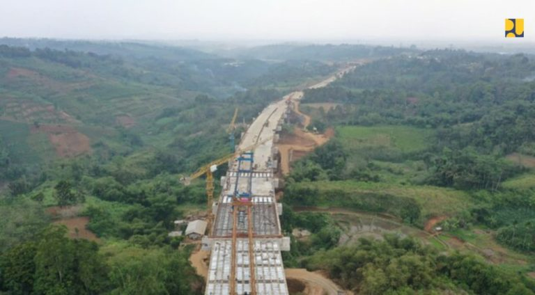 Kontruksi Jalan Tol Ciawi-Sukabumi Seksi II Cigombong-Cibadak Ditargetkan Rampung Agustus 2021