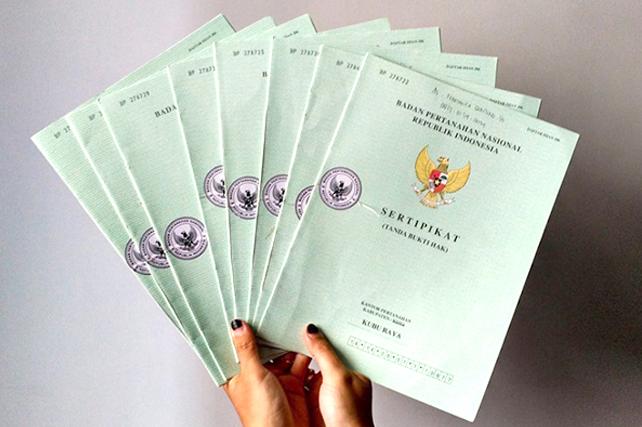 BPN Serahkan 755 Sertifikat Bagi Mantan Kombatan GAM