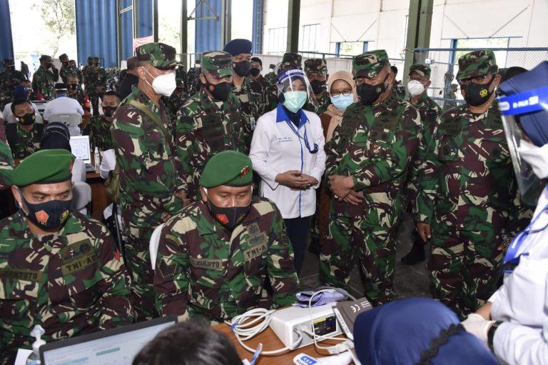 Belasan Ribu Prajurit TNI di Solo Jalani Vaksinasi Covid-19