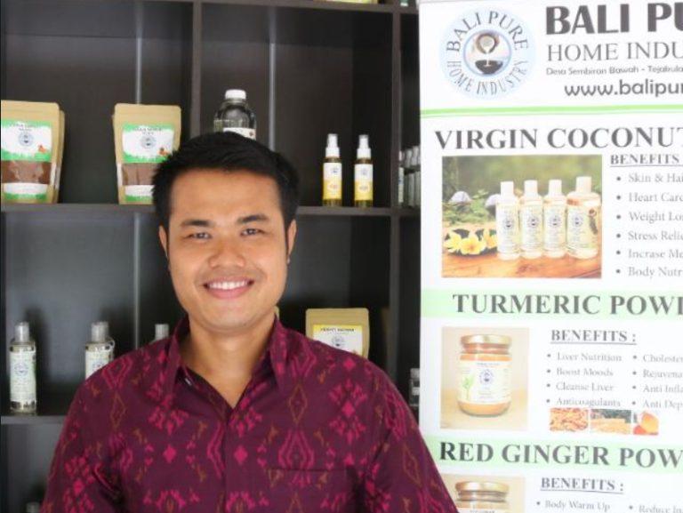 Pertamina Dorong Produk Olahan Kelapa Bali Pure Naik Kelas