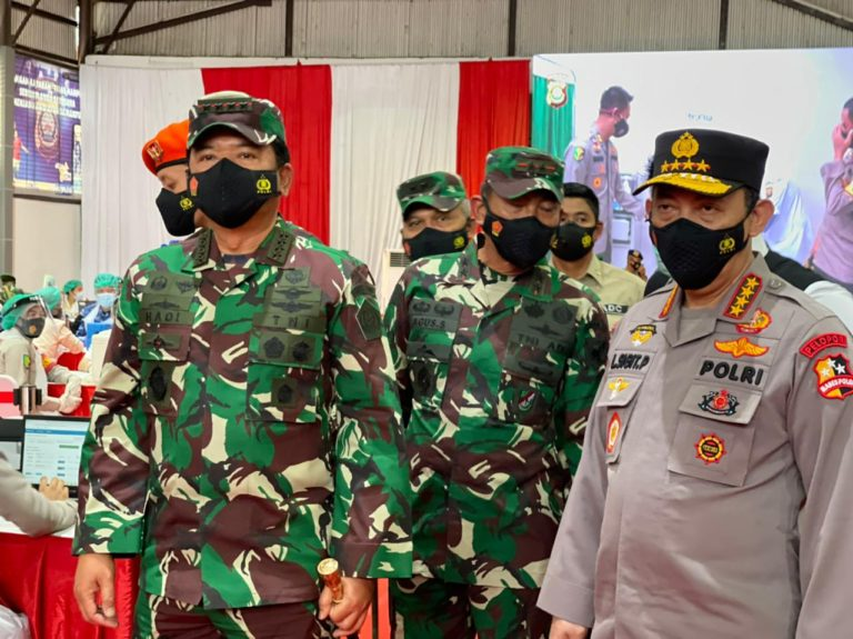 Panglima TNI Ungkap Empat Unsur Petugas yang Jadi Prioritas Vaksinasi Covid-19