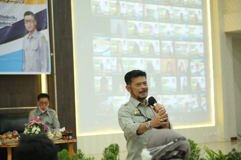Mentan SYL Motivasi Mahasiswa Pertanian Polbangtan Medan