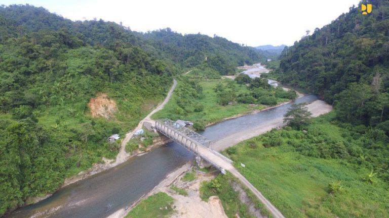 Pemerintah Lanjutkan Pembangunan Jalan Perbatasan Kaltara di 2021