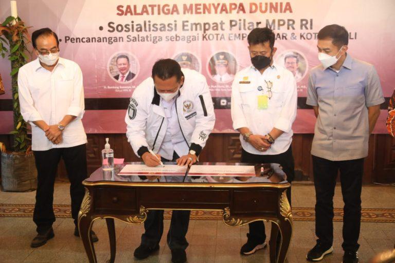 Ketua MPR: Masa Depan Indonesia ada pada Desa dan Bertani