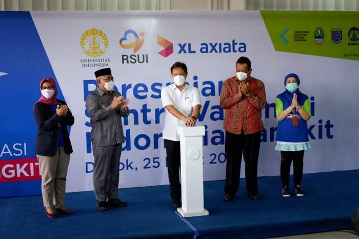 Resmikan Sentra Vaksinasi di RSUI Depok, Menkes: Masyarakat Harus Sabar