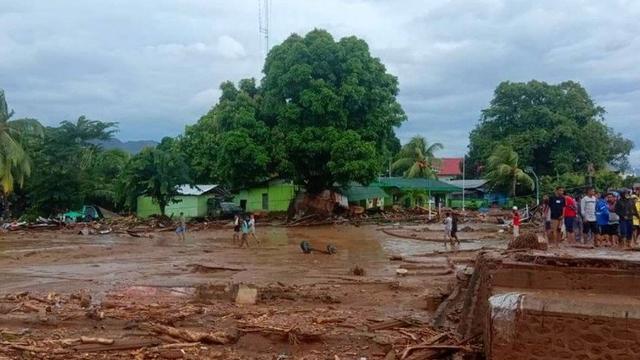 Banjir Bandang di Flores Timur: 44 Orang Meninggal, 256 Mengungsi