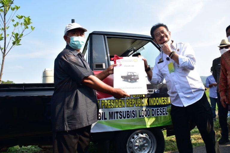 Petani Kabupaten Malang Terima Bantuan dari Presiden