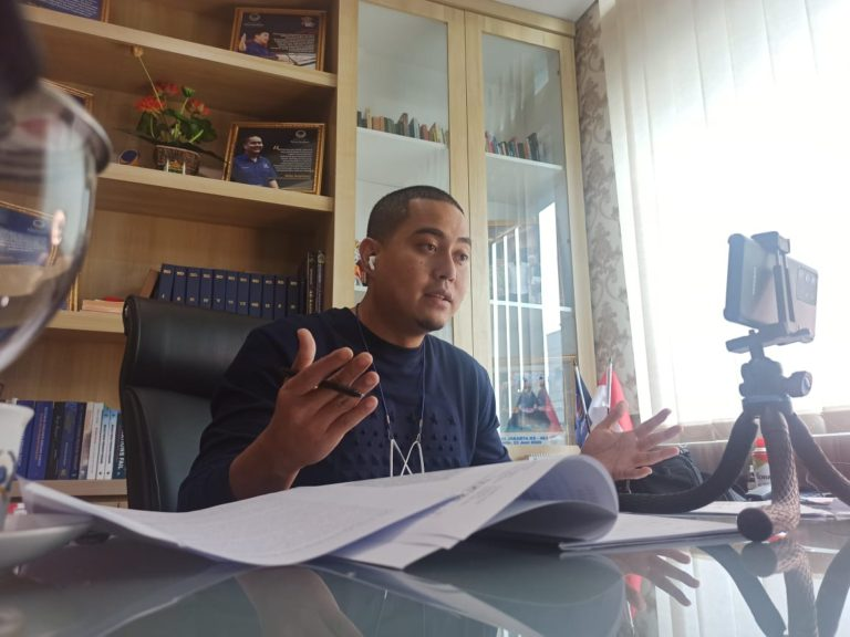 Politisi NasDem DKI Ajak Masyarakat Jaga Habitat Elang Bondol di Pantai Jakarta