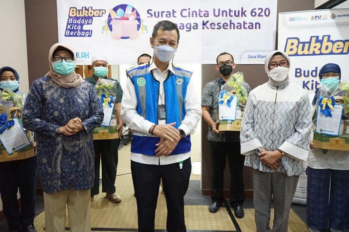 Gelar 'BUKBER', Jasa Marga Salurkan Bantuan bagi Korban Terdampak Pandemi