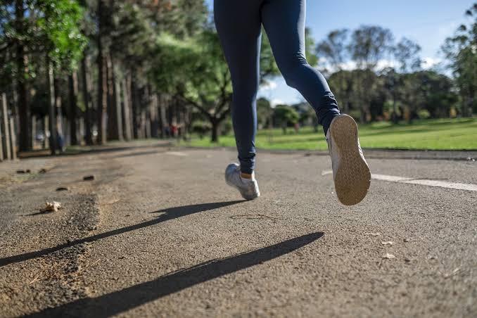 6 Jenis Olahraga Ringan yang Bisa Dilakukan Saat Berpuasa