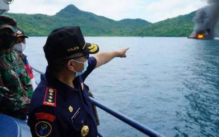 Curi Cumi di Laut Natuna, KKP Tangkap Enam Kapal Ilegal Asing
