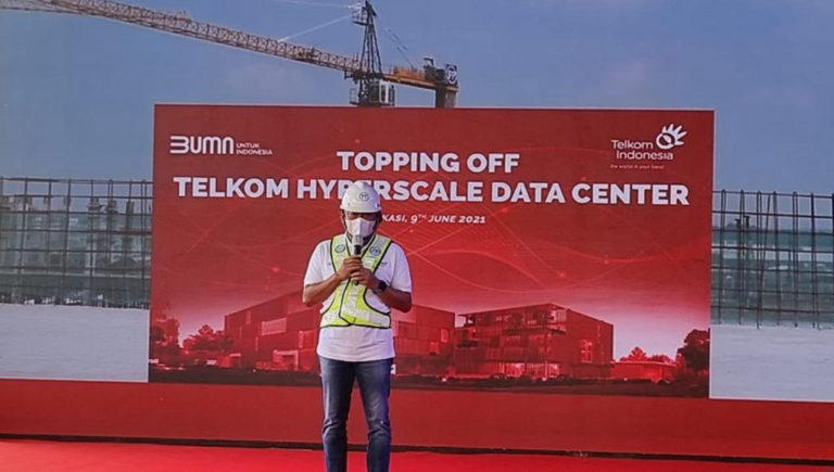 Topping-off Telkom HDC, Pusat Data Terbesar Bertaraf Internasional Segera Hadir di Indonesia