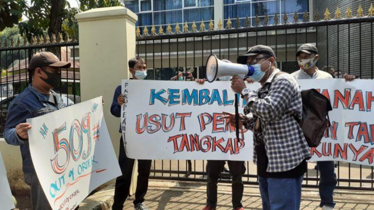 Diduga Hilangkan Nama Pemilik Tanah Ganti Rugi Tol, BPN Depok Didemo