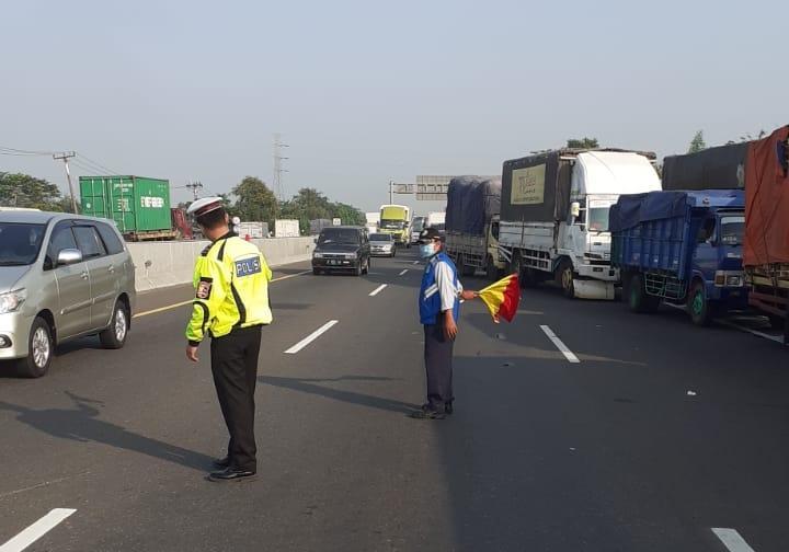 Jasa Marga Ungkap Kronologi Kecelakaan Truk ODOL di Km 54 Arah Cikampek