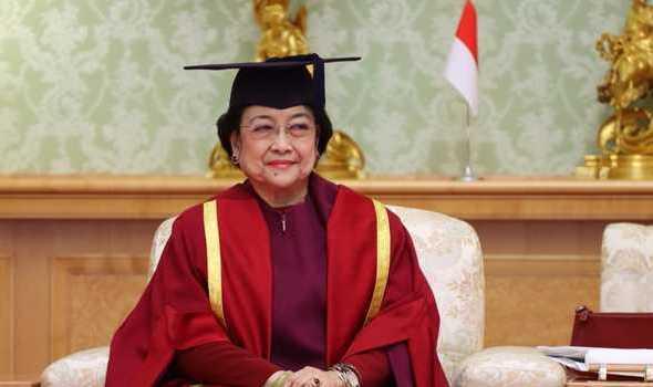 Megawati Resmi Sandang Gelar Profesor Kehormatan dari Unhan
