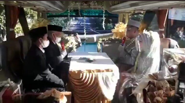Viral Resepsi Pernikahan di Dalam Bus, Netizen: Solusi Biar tidak Dibubarkan
