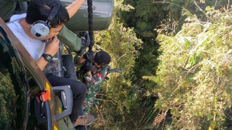 Prajurit TNI Tembak Mati Dua Orang Kelompok Teroris MIT Poso