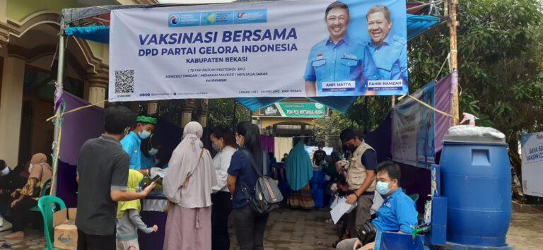 Percepat Herd Community, Partai Gelora Gelar Vaksinasi di Bekasi