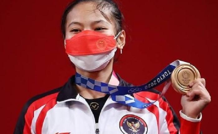 Atlet Angkat Besi Windy Cantika Raih Medali di Olimpiade Tokyo