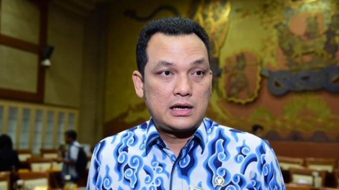 Langkah Jokowi Bagikan Vitamin dan Obat Gratis Tuai Pujian